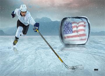 Buz Üzerinde Amerikan Hokey Oyuncusu