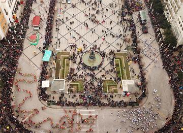 Patras'da Karnaval Yürüyüşü