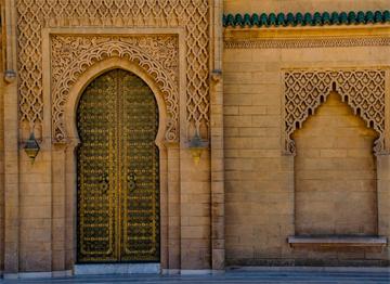 Ağaç Oyması Eski bir Kapı - Rabat