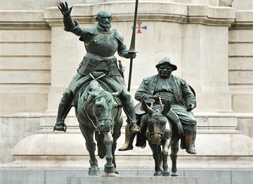 Don Kişot ve Sanço Pança Heykeli