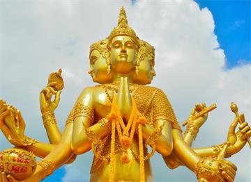Tanrı Brahma Heykeli