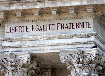 Fransa Özgürlük Eşitlik Kardeşlik Mottosu