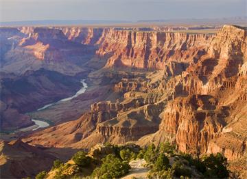 Büyük Kanyon ve Colorado Nehri